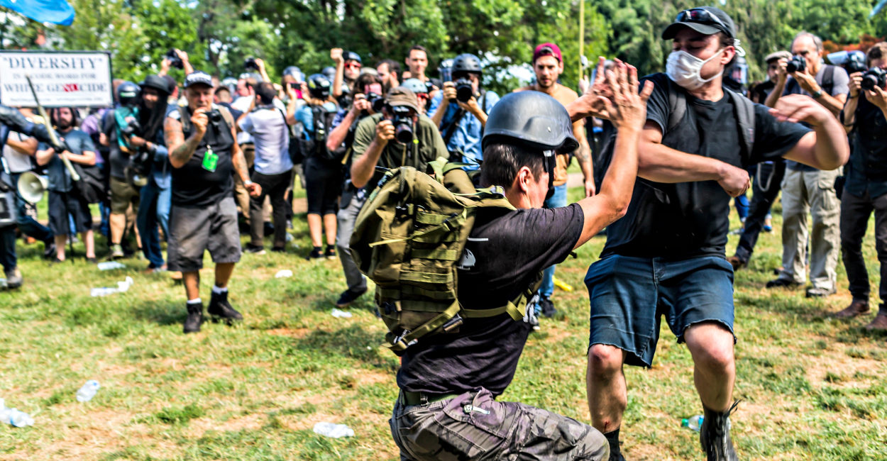170817_antifa_mooney-1250x650